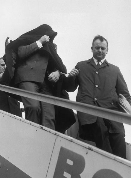 Heathrow Airport「Charlie Wilson Returned」:写真・画像(19)[壁紙.com]