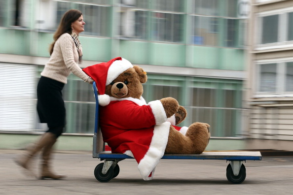 Stuffed「Traditional Teddy Bears Prepared Ahead of Festive Season」:写真・画像(7)[壁紙.com]