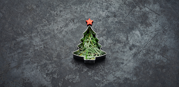Preparing Food「Christmas Tree - Holiday Blackboard Metal Gold Glitter Fun Humor」:スマホ壁紙(14)