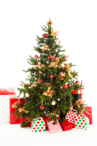 Camel Family「Christmas tree with ornaments and presents. Isolated on white background.」:スマホ壁紙(13)