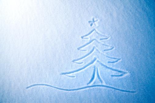 Frost「Christmas tree on snow」:スマホ壁紙(14)