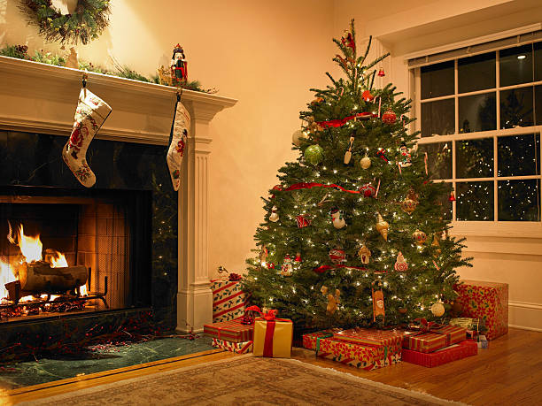 Christmas tree in living room:スマホ壁紙(壁紙.com)