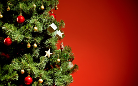 Christmas「Christmas tree on red background」:スマホ壁紙(7)