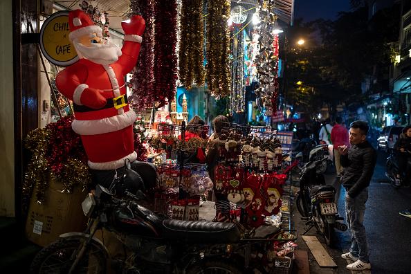 Hanoi「Vietnamese Mark The Christmas Holidays」:写真・画像(18)[壁紙.com]