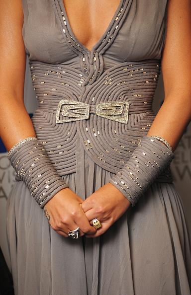 Sleeveless Dress「National Television Awards 2010 - Winners Boards」:写真・画像(7)[壁紙.com]