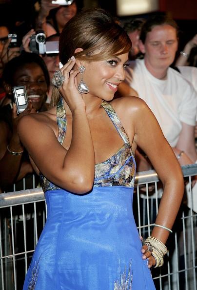 Maxi Length「Cannes - 'Dreamgirls' Premiere」:写真・画像(16)[壁紙.com]