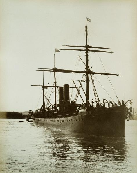 乗客輸送船「P&O Liner Ss Massilia」:写真・画像(1)[壁紙.com]