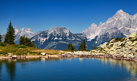 Dachstein Mountains「Summer view of Mittersee (Spiegelsee) mountain lake in Styria, Austria.」:スマホ壁紙(1)
