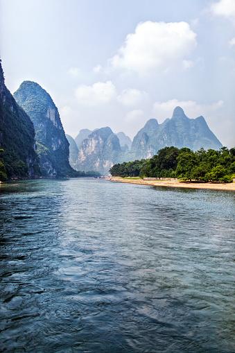 探求「桂林の丘と南中国の漓江」:スマホ壁紙(2)