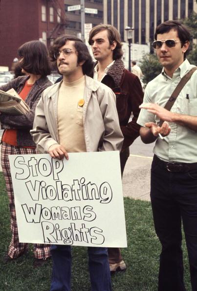 Men「Male Protestors For Women's Rights」:写真・画像(14)[壁紙.com]