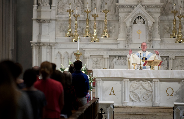 Priest「Comprehensive Investigation Into Pennsylvania's Catholic Church Reveals Massive Sex Abuse Scandal And Coverups」:写真・画像(10)[壁紙.com]