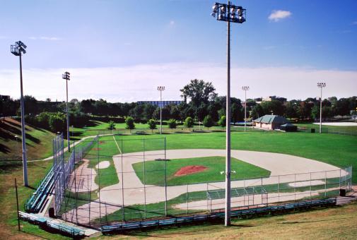 Chainlink Fence「Baseball Diamond」:スマホ壁紙(17)