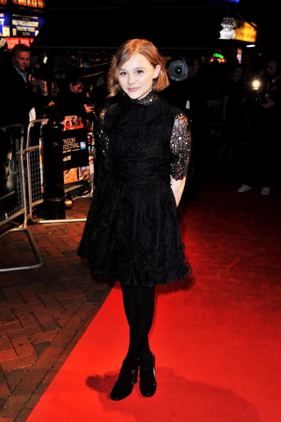 Baby Doll Dress「Let Me In - Premiere:54th BFI London Film Festival」:写真・画像(19)[壁紙.com]