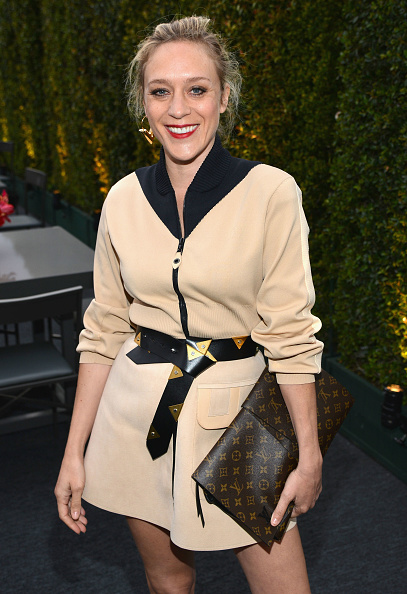Louis Vuitton Purse「MOCA's 35th Anniversary Gala Presented By Louis Vuitton At The Geffen Contemporary At MOCA - Cocktails/Exhibition」:写真・画像(11)[壁紙.com]