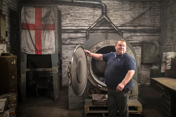 Machinery「Traditional Black Country Foundry At Work」:写真・画像(5)[壁紙.com]