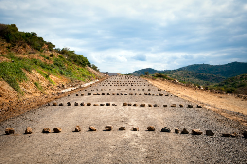 Road Construction「Obstacles on an African road in southern Ethiopia」:スマホ壁紙(3)