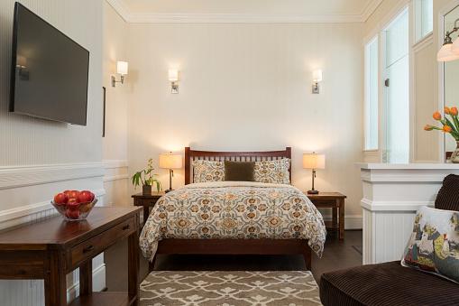 Suites「Bedroom suite at Luxury Inn」:スマホ壁紙(6)