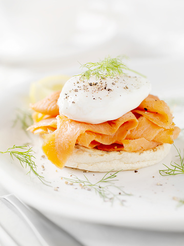 Poached Food「Eggs Benedict with Smoked Salmon」:スマホ壁紙(5)