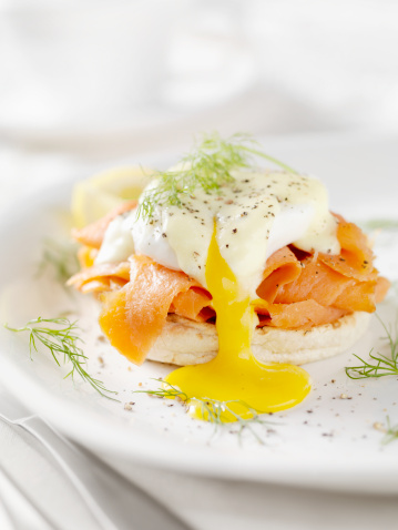 Hollandaise Sauce「Eggs Benedict with Smoked Salmon」:スマホ壁紙(3)