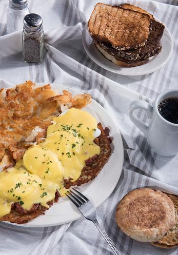 Poached Food「Eggs Benedict (Click for more)」:スマホ壁紙(11)