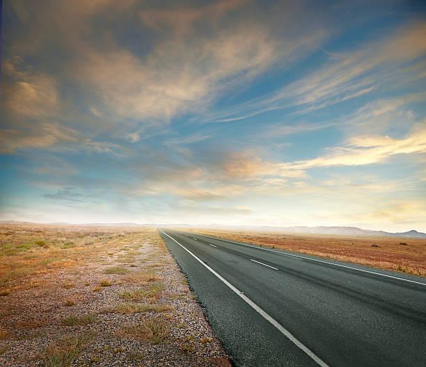 Outback Road:スマホ壁紙(壁紙.com)