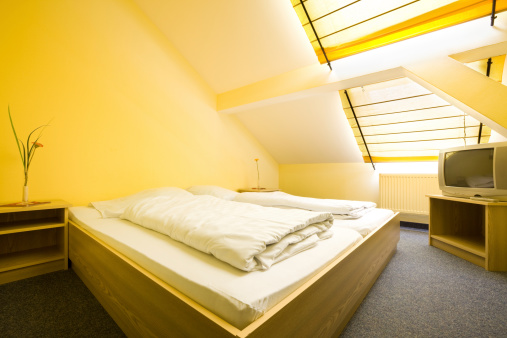 Duvet「Attic Bedroom」:スマホ壁紙(13)