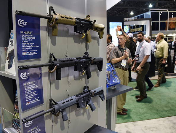 Rifle「National Shooting Sports Foundation Hosts Annual Trade Show In Las Vegas」:写真・画像(17)[壁紙.com]