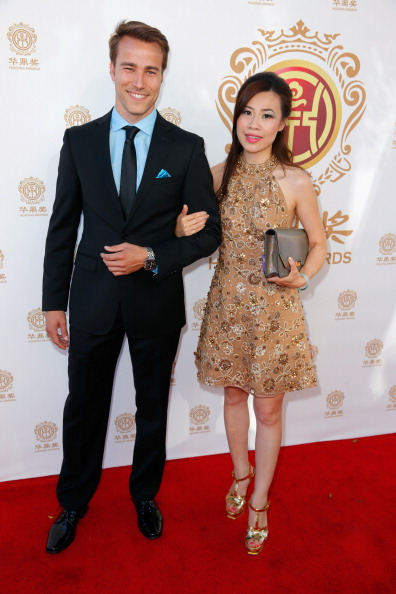 Gold Shoe「Hollywood Celebrities Honored At Huading Film Awards」:写真・画像(2)[壁紙.com]