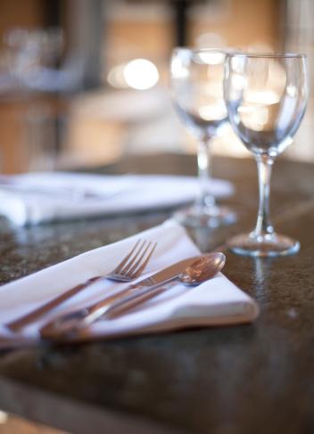 Place Setting「Table setting in restaurant」:スマホ壁紙(3)