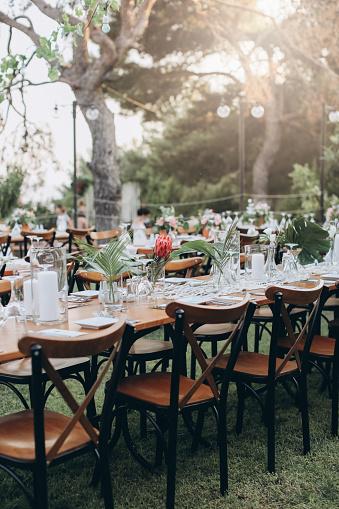 Formalwear「Table setting for an event party or wedding reception」:スマホ壁紙(3)