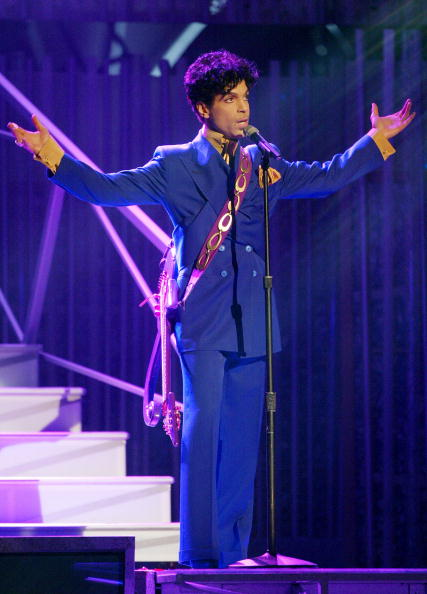 Prince - Musician「46th Annual Grammy Awards - Show」:写真・画像(14)[壁紙.com]