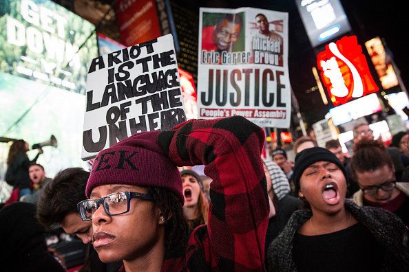 2014-15 Ferguson Unrest「Protests Continue For A Second Day In NYC After Ferguson Grand Jury Decision」:写真・画像(11)[壁紙.com]