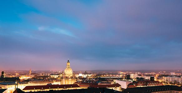 Munich「Dresden skyline at night」:スマホ壁紙(4)