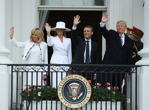 Arrival「President Trump And First Lady Melania Trump Welcome President Macron And Mrs. Macron To The White House」:写真・画像(10)[壁紙.com]