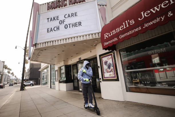 Businesses Close Stores Nationwide In Response To Coronavirus Pandemic:ニュース(壁紙.com)