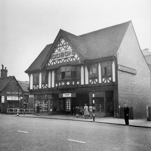 Film Industry「Old-Style Odeon」:写真・画像(13)[壁紙.com]