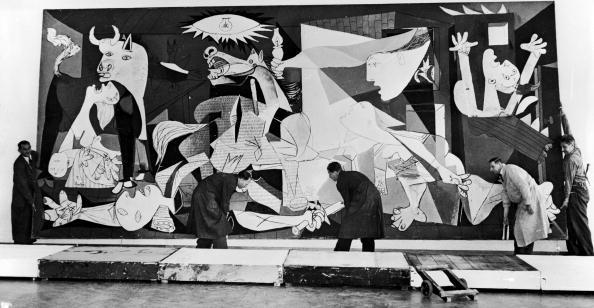 絵「Guernica In Amsterdam」:写真・画像(11)[壁紙.com]