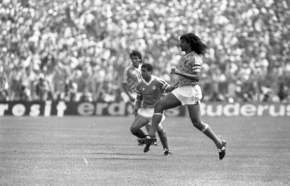 Netherlands「Ireland v Holland Euro '88」:写真・画像(15)[壁紙.com]