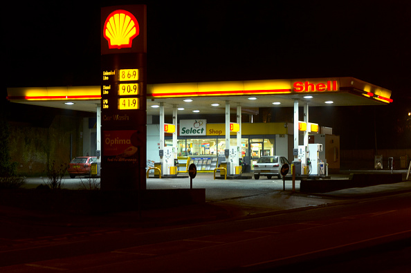 Empty「Shell service station at night」:写真・画像(5)[壁紙.com]