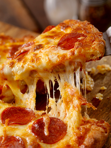 Fast Food「Cheesy Pepperoni Pizza」:スマホ壁紙(2)