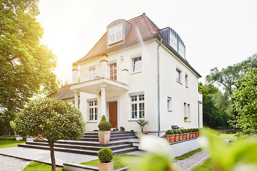 Villa「Germany, Hesse, Frankfurt, View of villa with garden」:スマホ壁紙(13)