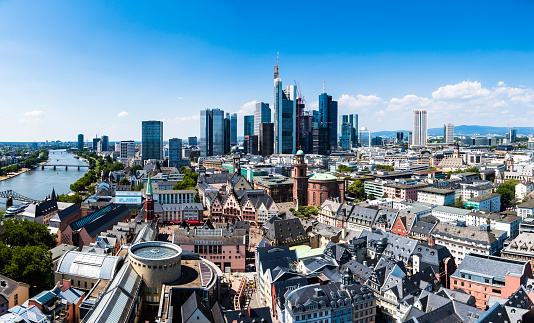 Old Town「Germany, Hesse, Frankfurt, Skyline, financial district, old town, Roemer and Dom-Roemer Project」:スマホ壁紙(16)