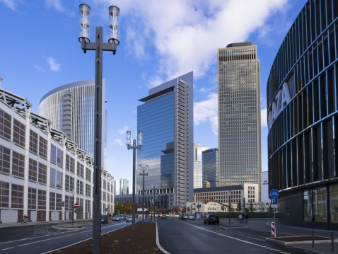 ドイツ「Germany, Hesse, Frankfurt, European Quarter, View of Tower 185 with Commerzbank and Pollux Tower」:スマホ壁紙(1)