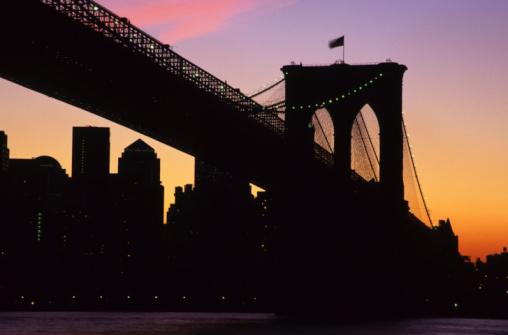 Postmodern「Brooklyn Bridge Close-Up, New York, USA」:スマホ壁紙(7)