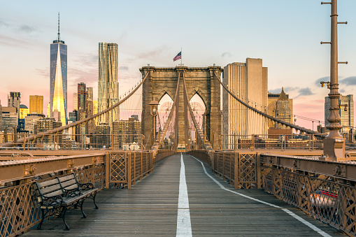 Travel Destinations「Brooklyn Bridge and Lower Manhattan at Sunrise, New York City」:スマホ壁紙(8)