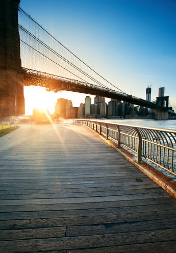 ニューヨーク市「ブルックリン橋」:スマホ壁紙(13)