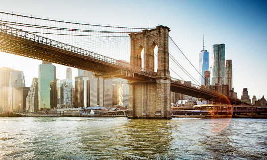 Riverbank「Brooklyn bridge from East river sunset with flare」:スマホ壁紙(17)