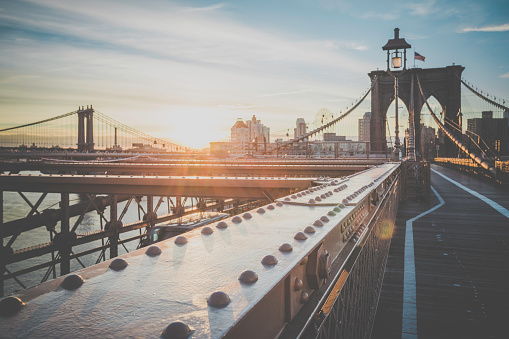Footpath「Brooklyn Bridge and Manhattan Bridge at Sunrise, New York City」:スマホ壁紙(6)