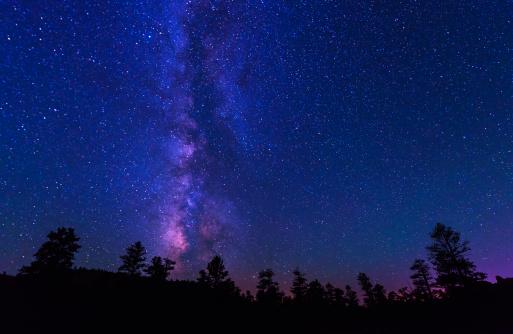天の川「USA, Utah, Red Canyon, Milky Way above canyon」:スマホ壁紙(13)