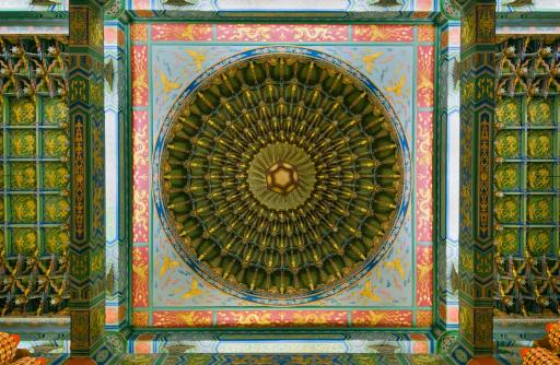 Thean Hou Temple「Malaysia, Kuala Lumpur, ornate wall in Thean Hou Temple」:スマホ壁紙(19)